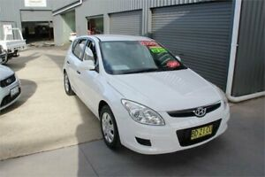 2009 Hyundai i30 FD MY09 SX White 4 Speed Automatic Hatchback Mitchell Gungahlin Area Preview