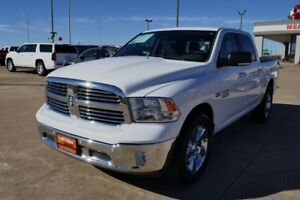 2016 dodge Ram 1500 5.7litre HEMI -quad cab- sask registered