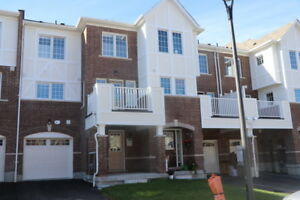 Pickering Townhouse for lease