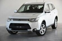 2014 Mitsubishi Outlander ZJ MY14.5 ES 4WD White 6 Speed Constant Variable Wagon Robina Gold Coast South Preview