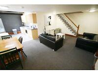 5 bedroom flat in Stratford Road, Heaton, Newcastle Upon Tyne, NE6