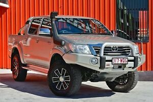 2012 Toyota Hilux GGN25R MY12 SR5 Double Cab White 5 Speed Manual Utility Molendinar Gold Coast City Preview