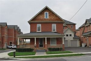 What a Find!!Renovated Heritage Home In The Heart Of Woodbridge