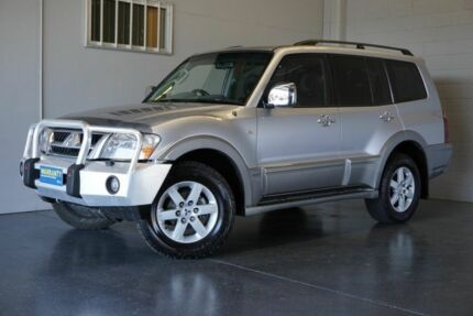 2005 Mitsubishi Pajero NP MY06 Exceed LWB (4x4) Silver 5 Speed Auto Sports Mode Wagon
