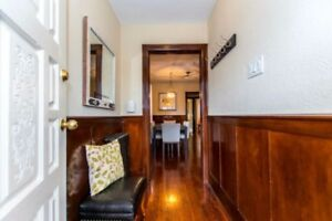 Pape and Danforth - 1 bedroom for rent