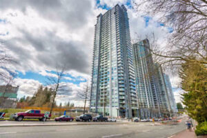 One Bedroom Condo - Minutes to King George Station and SFU