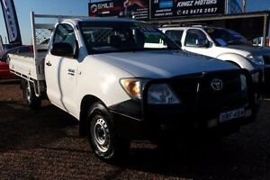 2005 Toyota Hilux TGN16R Workmate White Manual Cab Chassis Mount Druitt Blacktown Area Preview
