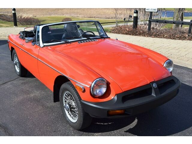 Image 1 of MG: MGB B Orange
