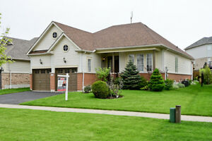 189 Whitby Shores Greenway, 3br Bungalow for Sale
