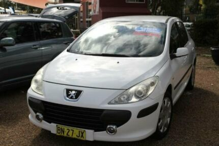 2006 Peugeot 307 MY06 Upgrade XSE HDI 2.0 White 6 Speed Manual Hatchback Minchinbury Blacktown Area Preview