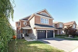Absolutely Stunning 5 Br Family Home In Prime Richmond Hill Area