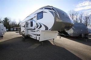 5th Wheel Cougar 330RBK 2013 (very good condition- good price)