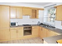 A SUPERBLY LOCATED 1 BEDROOM APARTMENT