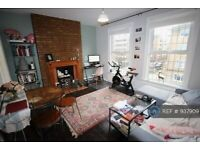1 bedroom flat in Sussex House, London, NW1 (1 bed) (#937909)