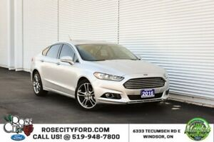 2016 Ford Fusion Titanium / ACCIDENT FREE / BACK UP CAM / MOON R