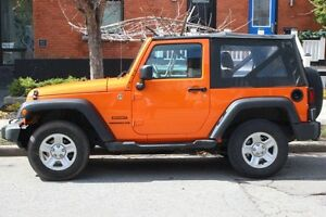 2013 Jeep Wrangler Soft Top Convertible - Get your Summer on!