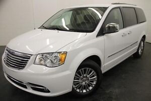 Chrysler Town & Country Touring w-Leather Cuir 2015