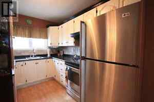 136 Montaque St - 3 Bedroom East End Townhome Available Feb 1