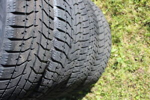 FOUR 17 in WINTER TIRES 225/ 65 / 17 in in very good condition T