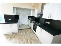 3 bedroom flat in Bayswater Road, Jesmond, NE2
