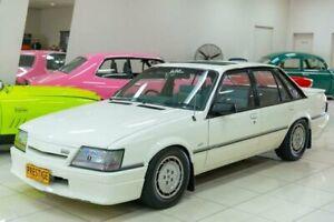 1985 Holden HDT Commodore SS White Manual Sedan Carss Park Kogarah Area Preview
