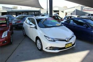 2017 Toyota Corolla ZRE182R MY17 Ascent Sport White 7 Speed CVT Auto Sequential Hatchback Mitchell Gungahlin Area Preview