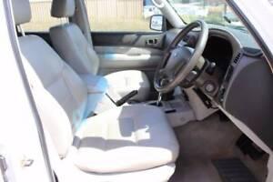 2004 Nissan Patrol Wagon ST-L