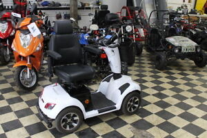 NEW Ultimate Mobility Scooter - Boomerbuggy Max by Daymak Windsor Region Ontario image 4