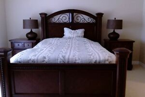 4 Piece Bedroom Set for Sale! - Great Colour and Style (OBO)