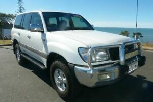 2001 Toyota Landcruiser HDJ100R GXV White 4 Speed Automatic Wagon South Gladstone Gladstone City Preview