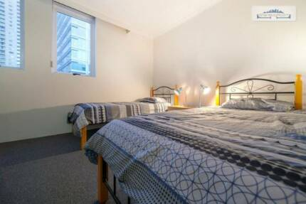 MASTER TWIN SHARED ROOM FOR ONE FRIENDLY MALE ROOMIE