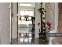 5 bedroom house in Baldwin Road, Watford, WD17 (5 bed) (#906875)