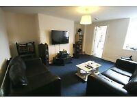 1 bedroom flat in Warwick Street, Heaton, NE6
