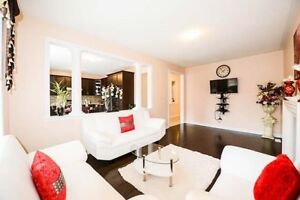 Gorgeous 4 Bedroom  Home Of Vaughan In Popular Hwy50 Area!
