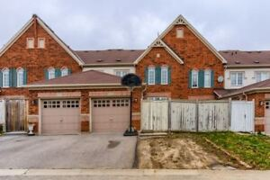 North Ajax 3 Bdrm Freehold Townhouse W/ Fin Bsmnt