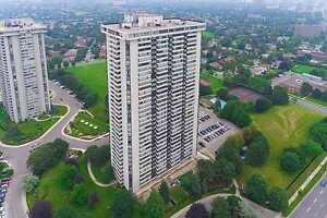 Great Living Space - 2 bed + Solarium - Don Mills & Finch