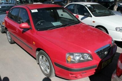 2005 Hyundai Elantra XD 05 Upgrade 2.0 HVT Red 5 Speed Manual Hatchback Warabrook Newcastle Area Preview