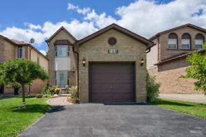 Perfect Starter Detached Home!