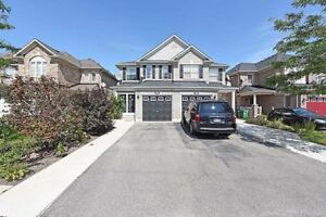 House for sale in Airport Rd/Castlemore Brampton