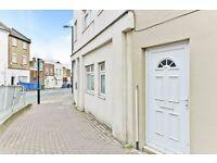 LARGE NEW 3 BEDROOM FLAT IN KIRKDALE, SYDENHAM FOR £1650.