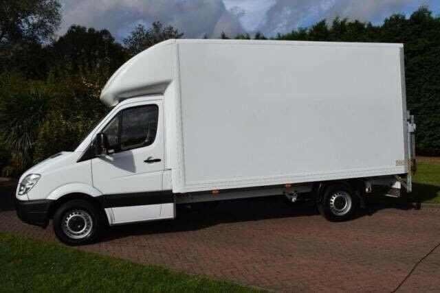 bf3041ae01 A2Z Removals 24 7 Man   Van Hire