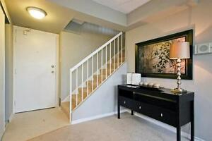 All-Inclusive in Victoria Hills! 2 Floors! Upgraded & Bright! Kitchener / Waterloo Kitchener Area image 2