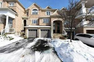 2+1 Bed / 3 Bath Condo Townhouse In High Park Village