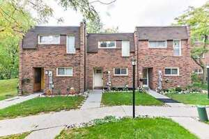 Townhouse 2 - Storey - 110 Wales Ave - YOrk