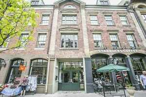 $995,000 Loft in Toronto *Lawrence Masterpiece*