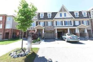 Beautiful Townhouse For LEASE Near Mount Pleasant Go Station