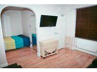 STUDIO FLAT IN NOTTING HILL !! PRICE DROPPED TODAY!