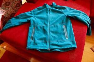 Men's Windbloc in very good condition XL Cygnet Huon Valley Preview