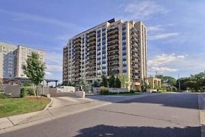 POSH CONDO.... Thornhill luxury 1-bed with TTC access!!!