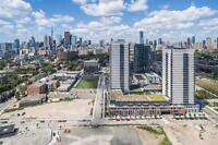 1YR OLD CONDO/TTC at Front Door/Dundas East/Lots of Ammenities